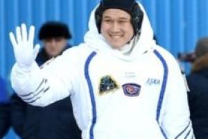 """""""3주 만에 키 9㎝ 자랐다"""" 떠벌였다가 혼쭐난 일본 우주인"""