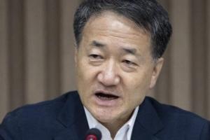 """박능후 """"아동수당, 국회 무시 의도 아니다"""" 우원식에 해명"""
