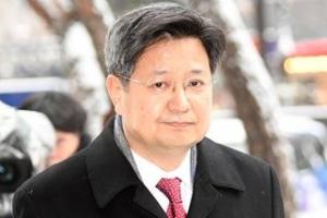 """김장겸 """"'안철수 논문 표절 보도' 조작 지시 사실 아니다"""""""