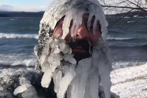 [별별영상] 영하 30도에 서핑을 즐기면?