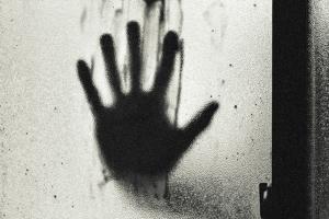 13살 여친 성폭행한 10대 청소년 실형