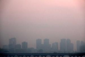 미세먼지 농도 오후부터 짙어져…중부·영남 '나쁨'