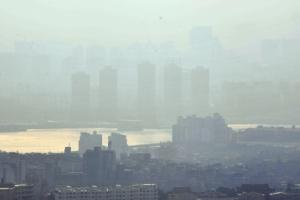 중국발 미세먼지 공습…내일도 '나쁨' 계속
