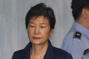 """박근혜 변호인 """"檢, 타락한 도덕성 부각, 유죄 예단 유도"""""""