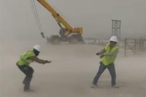 [별별영상] 텍사스 유전 지대에 불어온 강력한 모래폭풍