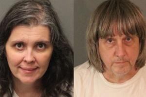 미국 가정집에서 남매 13명 사슬로 묶어 학대한 부모 체포