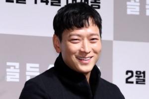 [포토] 강동원, 만찢남의 '훈남 미소'