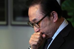 '노무현·이명박 정권 싸움' 정쟁 프레임 덮어씌우는 MB