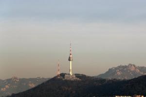 수도권 미세먼지 '남하'…남·서부 농도 치솟아