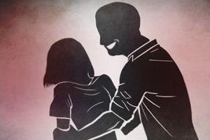 회식 뒤 만취 사회초년생 상대 성범죄…간부 직원 집유