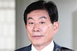 늘어나는 원세훈 재판…예산유용·뇌물 등 추가기소
