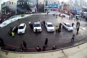 """""""소방헬기 화재 키워"""" 제천 유족들 근거 영상공개"""