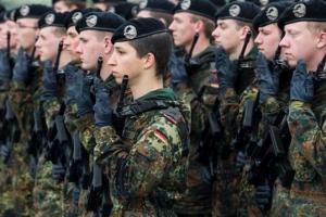 [글로벌 인사이트] 유럽에 다시 부는 징병제 바람