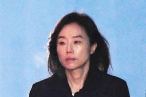 조윤선 징역2년 다시 구치소로…충혈된 눈·황망한 표정