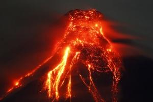 [포토] '시뻘건 용암 분출하는' 마욘산