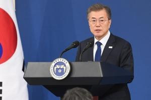 """'검사 성추행' 문재인 대통령도 언급…""""성추행 대책, 혁신과제로 추가"""" 지시"""