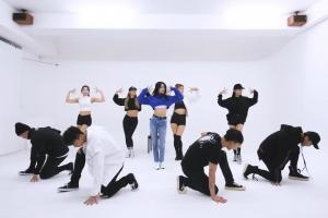 선미의 깜짝 선물…'주인공' 안무 영상 공개