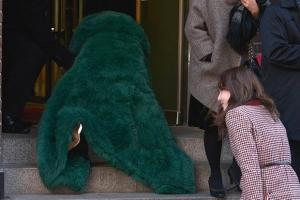 [포토] '앗!' 씨엘, 태양 결혼식장 계단서 '꽈당'