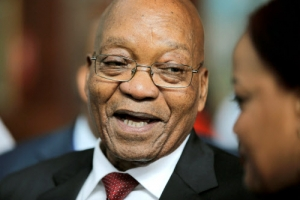 '불사조 ' 주마 남아공 대통령 9번째 퇴진 위기도 넘길까