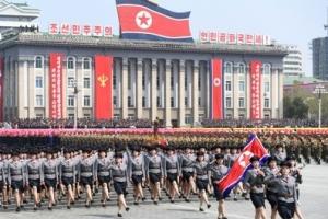 """""""북한, 오전에 건군절 열병식 진행한 듯"""""""