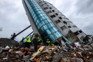 [포토] 대만 지진 피해 갈수록 늘어…9명 사망·265명 부상·62명 실종