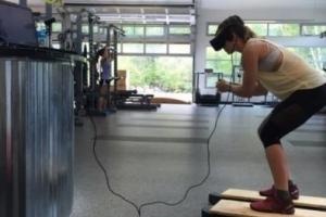 VR 슬로프·뇌신경 자극 헤드폰… 美 스키팀 '최첨단' 훈련 중