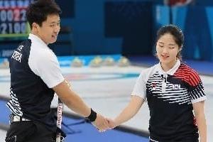 한국 컬링 중국에 아쉬운 패배, '가능성 봤다'는 긍정 평가도