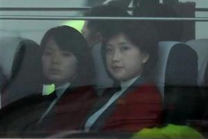 北 예술단 서울로 출발…만경봉 92호는 북으로 귀환