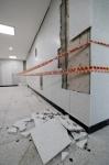 벽 균열에 계단 파손…포항…