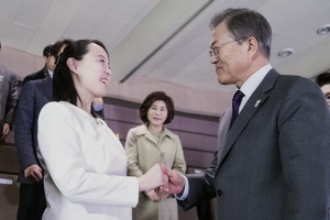 """르몽드 """"북한이 순진한 한국 이용? 잘못된 생각"""""""