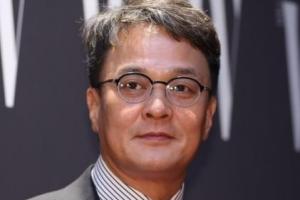"""조민기측 """"성추행 논란 사실무근…강연 내용 지적에 사표"""""""