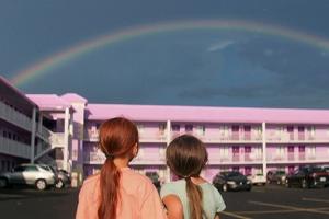 6살 꼬마와 친구들의 컬러풀한 여름 이야기…'플로리다 프로젝트' 예고편
