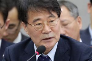 """장하성 """"GM의 군산공장 폐쇄 결정, 되돌리기 쉽지 않다"""""""