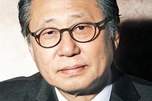 """""""새로운 암 발견돼 치료"""" 황현산 문예위원장 사퇴"""