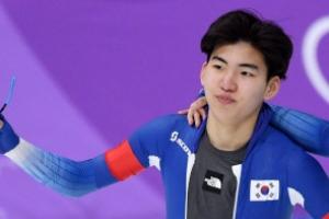 빙속 정재원, 세계주니어선수권 5,000m 金…'골든형제 떴다'
