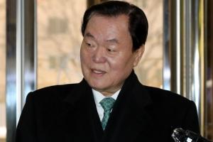 김경재 자유총연맹 총재 경찰 출석…인사비리 등 혐의