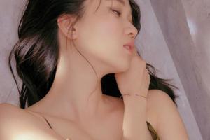 '톱 모델' 장윤주, 관능미 넘치는 화보 공개