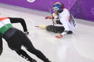 남자 5000m 계주도 넘어져 메달권 밖... 쇼트트랙 전 경기 마감