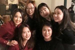 [포토] '자체발광' 여자 컬링 대표팀 사복패션