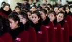 북한 응원단, '이제는 떠…