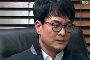 """조민기 카톡 공개, 신동욱 """"성추행 배틀…고은 바지와 도긴개긴"""""""