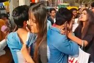 성추행범 붙잡아 공개 망신 준 인도 여대생