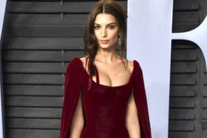 [포토] 에밀리 라타이코프스키, 아름다운 드레스 자태