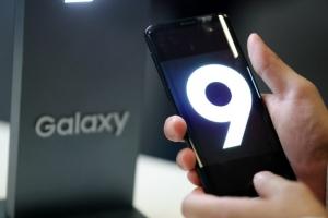삼성 갤S9 미국선 벌써 '폭탄세일'…1+1 또는 반값 할인