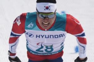 [서울포토] 평창 패럴림픽 '동메달' 신의현…'혼신의 힘을 다해'
