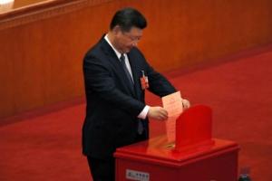 中 '시진핑 천하' 열렸다...개헌안 표결 총 2963표 중 반대는 2표뿐