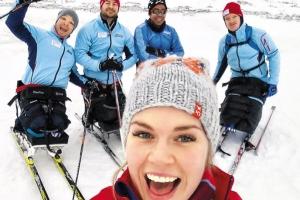 노르웨이 홍일점 레나 슈뢰더,  24년 만에 아이스하키 출전한 '여전사'
