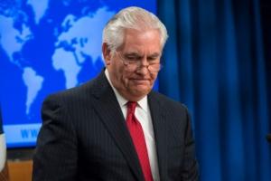 트럼프·틸러슨, 북핵 불협화음 막내린 14개월의 '불편한 동거'