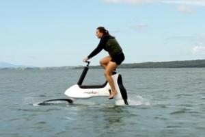 자전거, 이젠 물위에서도 달린다…뉴질랜드서 수상 자전거 첫선
