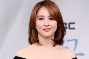 [포토] '떨리네요'… 한혜진, 4년 만의 안방극장 복귀